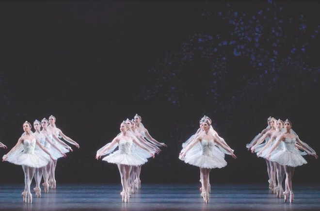 LA BAYADERE ROYAL OPERA HOUSE